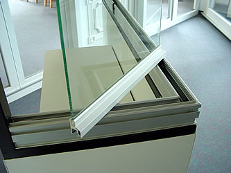 A COVER Glass Panel Turning 90 Degree Corner