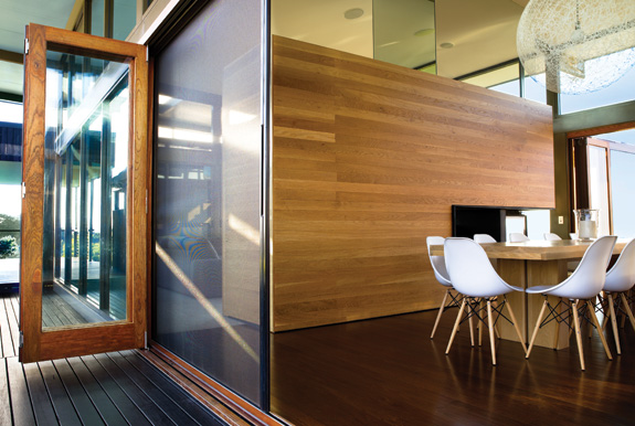 Retractable Screens & Retractable Screens | Centor | Stoett | Screens - COVER Glass Hawaii